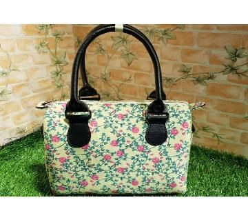 Women Floral Printed Shoulder Bag