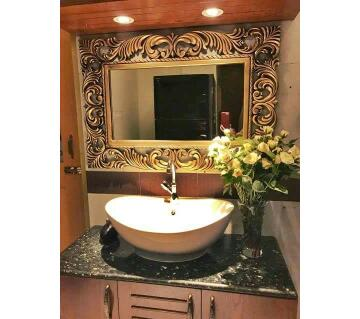 EXCLUSIVE WALL MIRROR WITH WOODEN FRAME