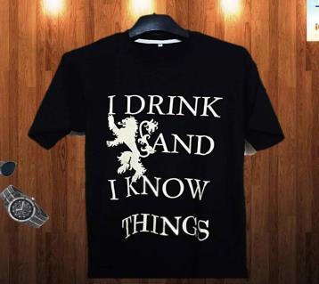 I Drink and I Know Things হাফ স্লিভ কটন টি-শার্ট ফর মেন