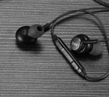 AKG in earphone