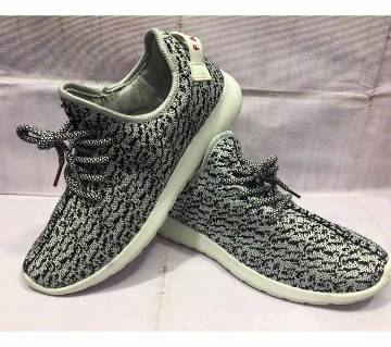 yezzy casual sneaker for men