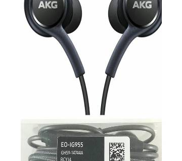 AKG ইয়ারফোন