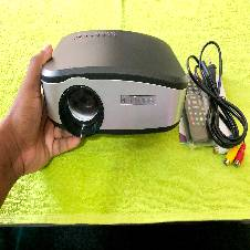 High lumens TV Projector