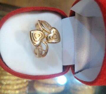 Ladies double love finger ring