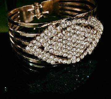 Zinc Alloy Stone Setting Ladies Bracelet বাংলাদেশ - 7289451