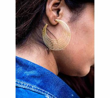 Round Shaped Golden Earrings