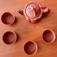Chineese Tea Pot And Cup Set
