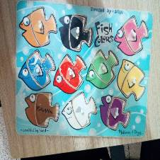 Matching color fish puzzle