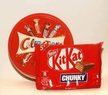Celebration Gift bow & KitKat chunky 5x Chocolate France