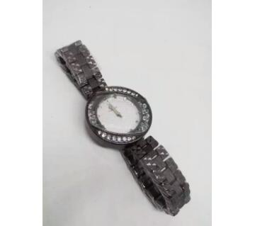 black wrist watch for Ladies