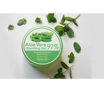 Aloe Vera Gel Soothing Gel- 97% - 300g (Korea)