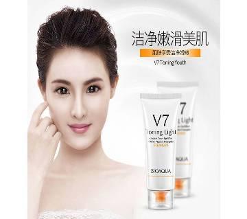 BIOAQUA V7 Facial Cleanser-China
