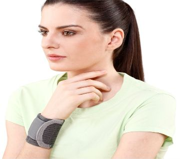 Wrist brace with double lock supports- Tynor