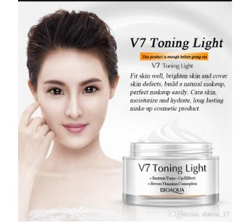 BIOAQUA V7 Toning Light (China)