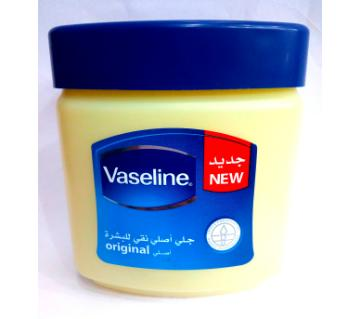 Vaseline jelly 240ml UAE