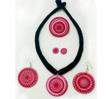 Shade Thread jewelry set
