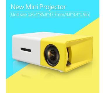 YG 300 LCD mini portable projector