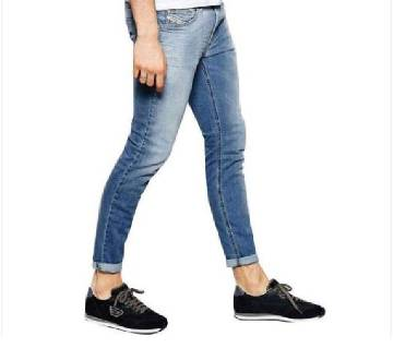 semi narrow fit jeans pant for men