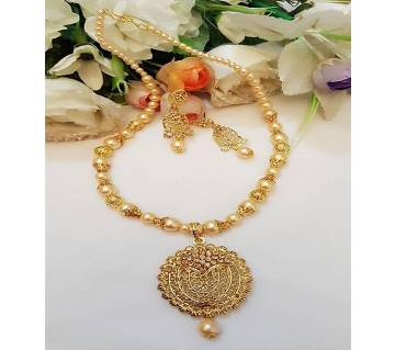 Golden Perl Necklace Set