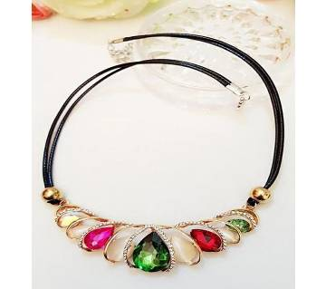 Multi Color Ladies Necklace Set