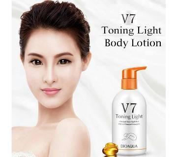 Bioaqua V7 Toning Light Moisturizing Body Lotion - Korea