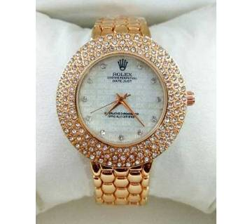 STAINLESS STEEL ANALOG WATCH FOR LADIES-GOLDEN