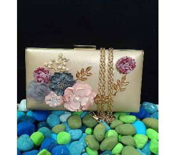 fashionable party bag for women