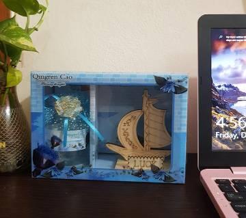 ship gift box