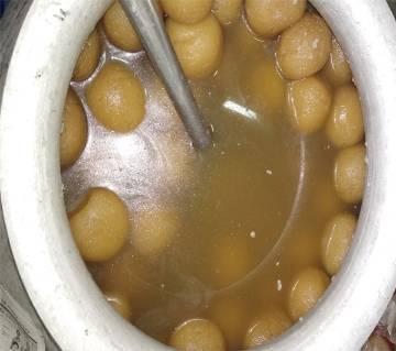 sathira famous Rosogolla (1 kg)