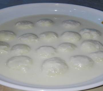 Famous Rosmalai Satkhira (1kg)