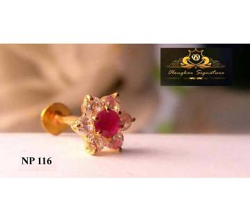 18K Flower Shape Nose pin