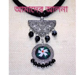 Shiuly Floral Pendant