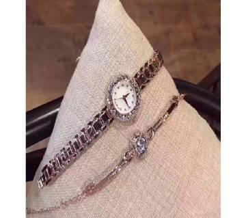 Dior Silver Ladies Watch with Bracelet (Master Copy)