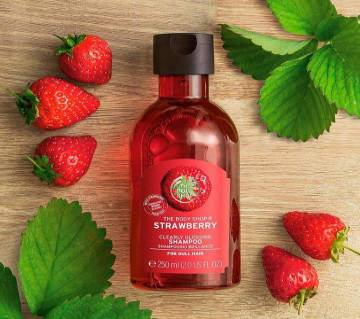 Strawberry Clearly Glossing Shampoo 250ml UK