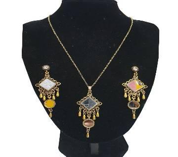 Silver Metal Mirror Necklace & Earring Set For Women