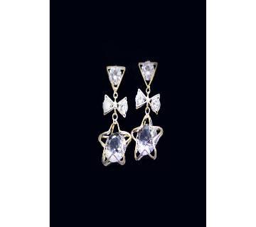 White Stone Metal Ear Ring