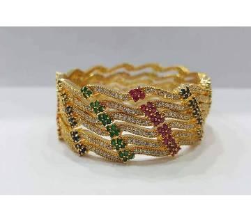 Gold Plated Diamond cut Bangles (6 pc )