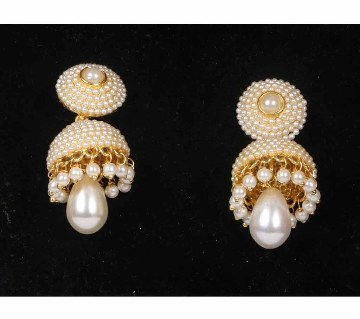 Pearl Decorated Earrings