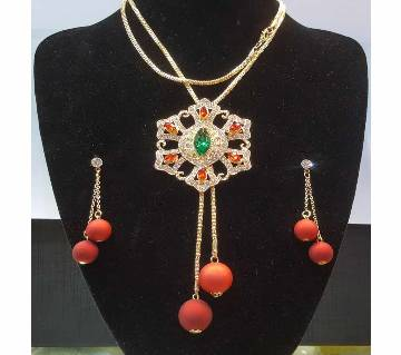 Ladies Stone Setting Pendant and Earring Set