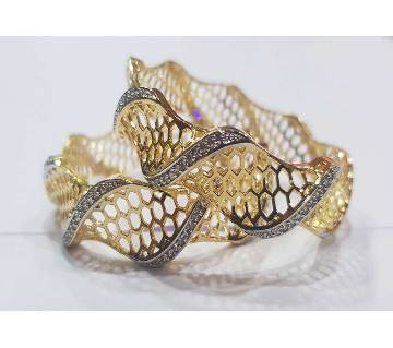 Gold Plated Diamond Cut Bangles (2 pc)