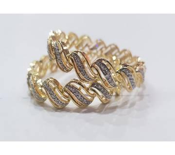 Gold Plated Diamond Cut Bangles (2 pc)
