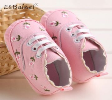 White Lace Floral Baby Girl Shoes