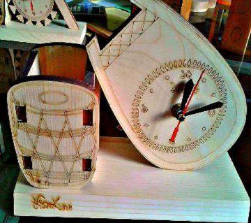 ORR Sell PoinT e- shop Pen holder with Wooden Clock Boishakhi Gift