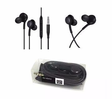 AKG earphones 1