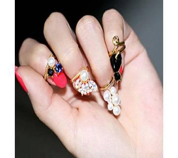 Fingertrip cute crys