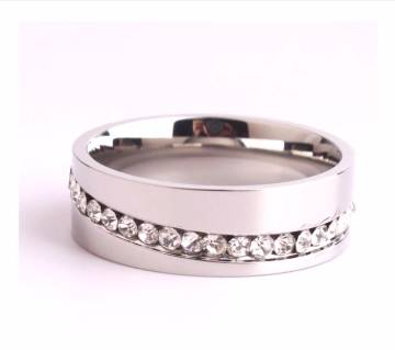 Single row crystal rings for Unisex