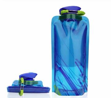 700ML Portable Folding Water Bottles with hook PE Collapsible Leak Proof