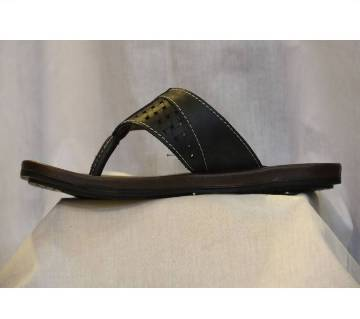 Comfortable sandals made of 100% leather