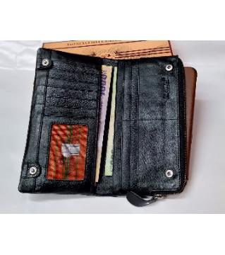 long mobile wallet