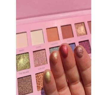 Hudamoji eyeshadow palette 100% original